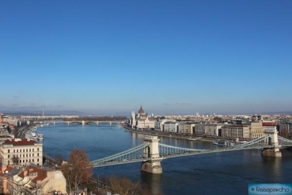 Ausblick auf Budapest von der Zitadelle - einer von vielen Budapest Reisetipps