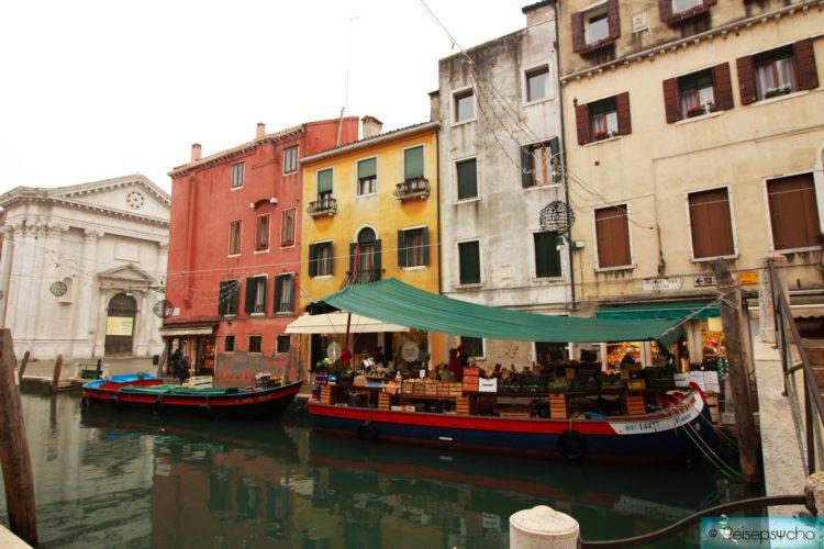 Dorsoduro Gemüseboot Venedig