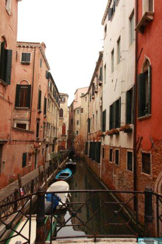 Kanal in Dorsoduro in Venedig