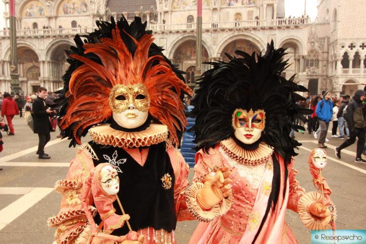 Karneval in Venedig am Markusplatz