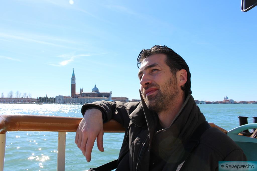Karneval in Venedig - von vollen Plätzen und leeren Gassen