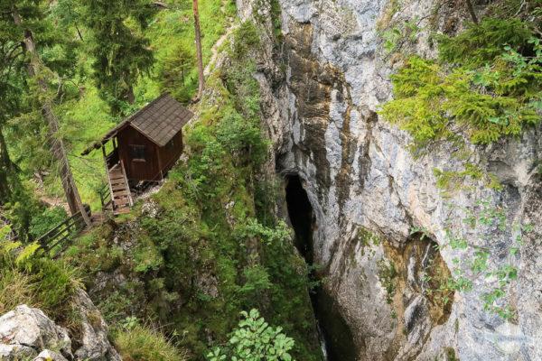 Wasserlochklamm ganz oben mit Hütte