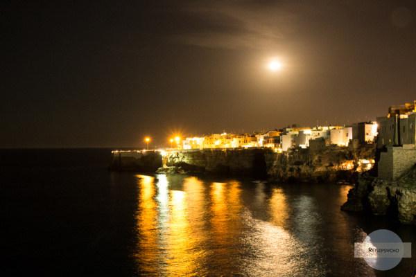 Polignano a Mare bei Nacht