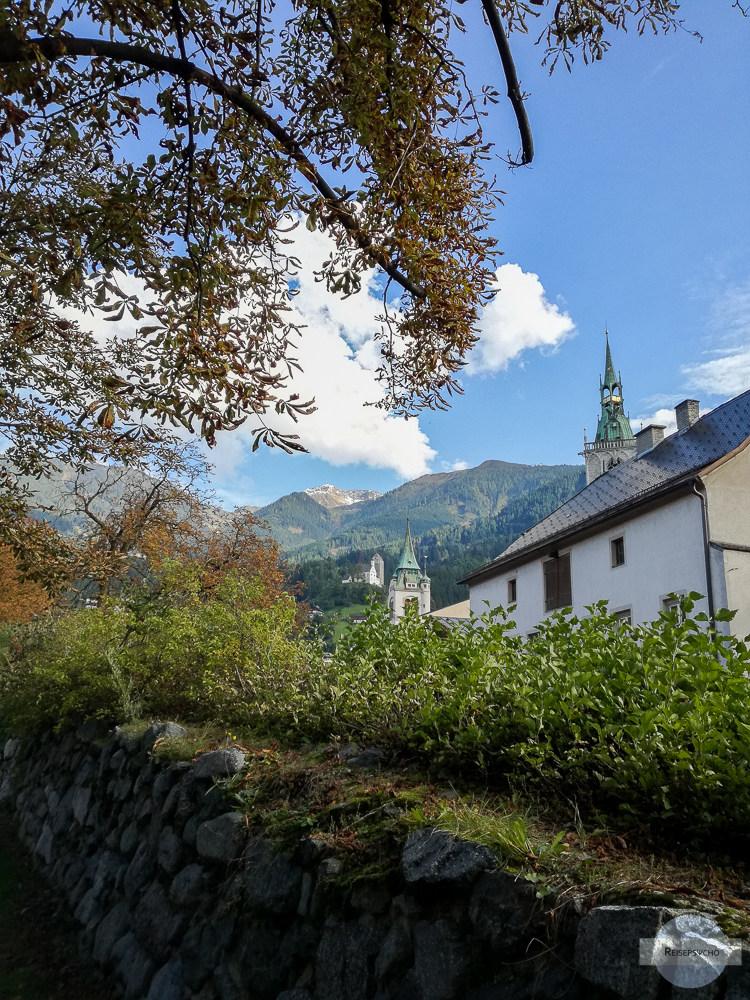 Die Glockentürme und die Burg Freundsberg in Schwaz
