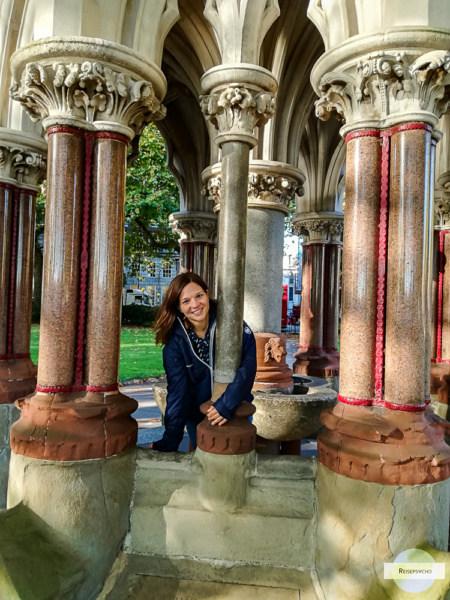 London Foto Kulisse - Pavillion im Victoria Tower Garden