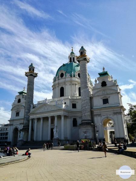 Karlskirche Wien - eine der berühmtesten Wiener Sehenswürdigkeiten