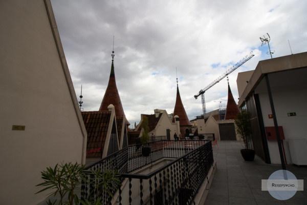 Casa de les Prunxes in Barcelona