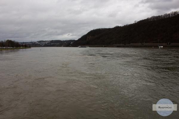 Zusammenlauf Rhein und Mosel
