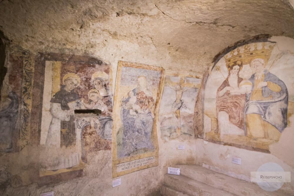 Malereien in der Felsenkirche in Matera