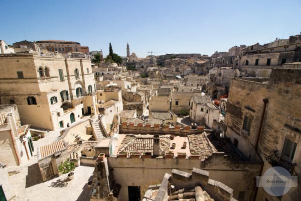 Blick auf Matera vom Balkon an der Piazza Vittorio Veneto