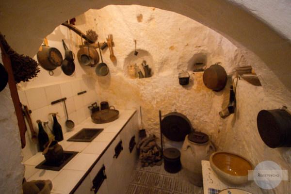 Eine Küche in den Sassi di Matera