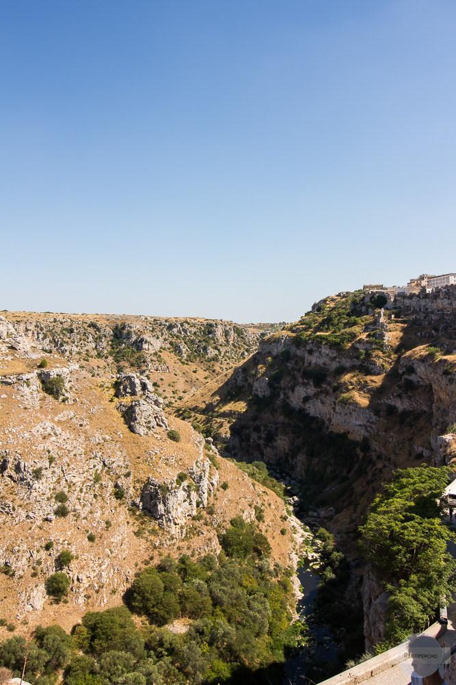 Schlucht hinter Matera, in der Murgia