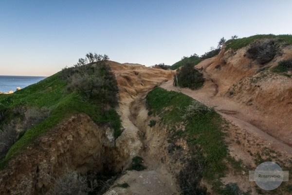 Wege an der Küste der Algarve