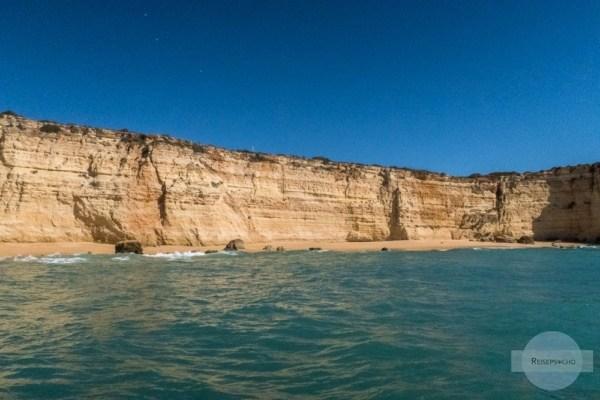 Strand und Klippen an der Algarve