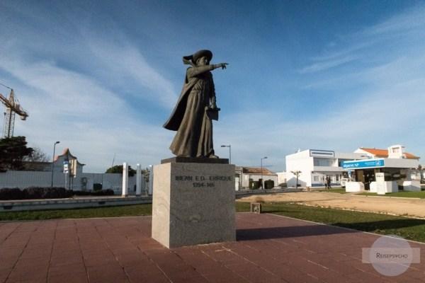 Heinrich der Seefahrer Statue in Sagres