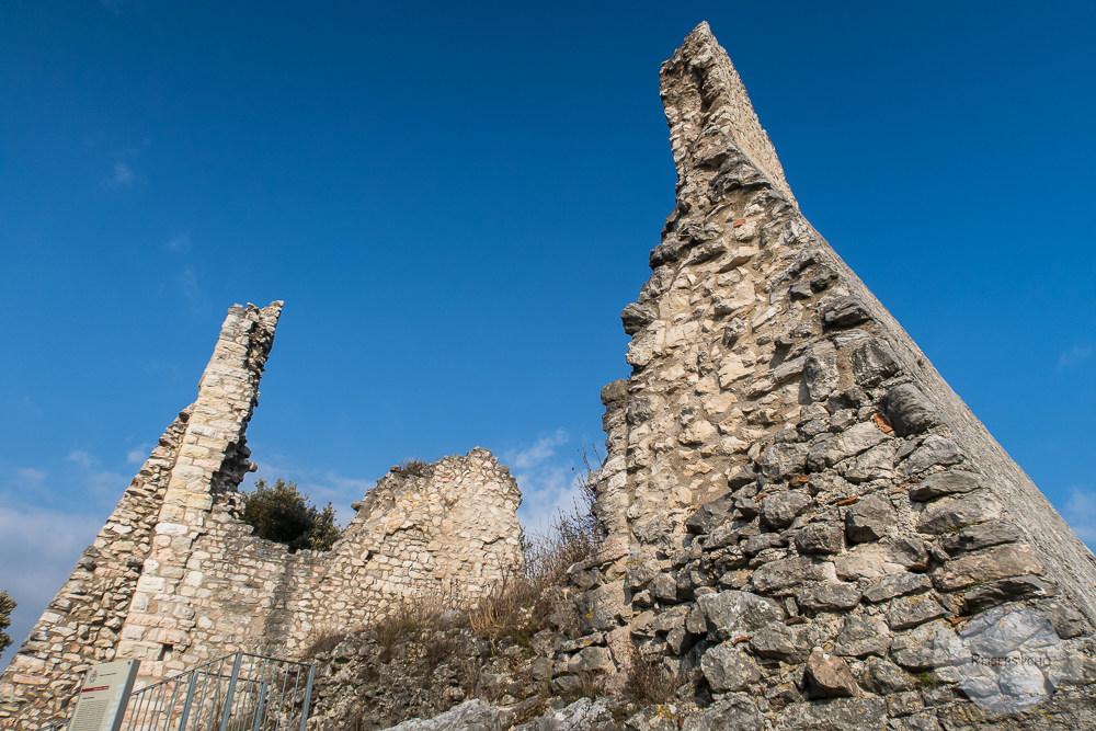 Die Runie des Wehrturms im Castel Penende