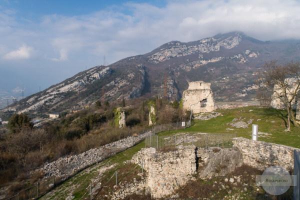 Runien des Castel Penede am Gardasee