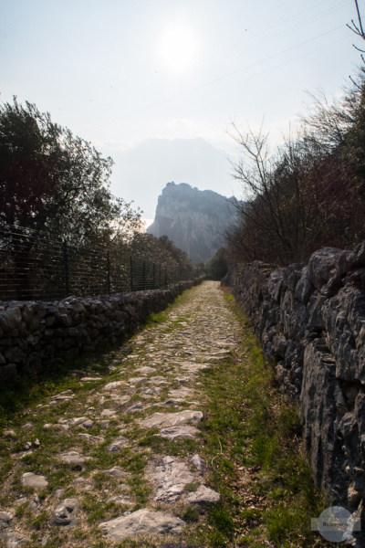 Via di Santa Lucia nach Torbole