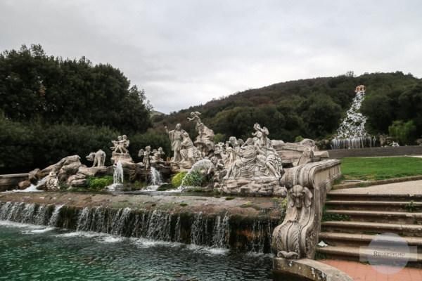 Wasserspiele im Schloss von Caserta