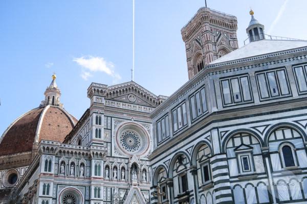 Die Kathedrale von Florenz mit dem Baptisterium