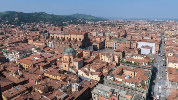 Der sensationelle Blick über Bologna vom Torre dei Asinelli aus