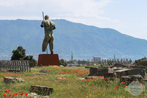 Statue in Pompeji