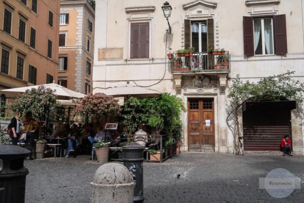 Sitzen in Rom