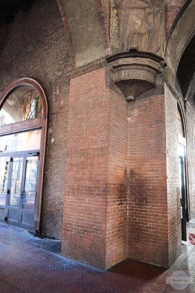 Flüsterwand in Bologna