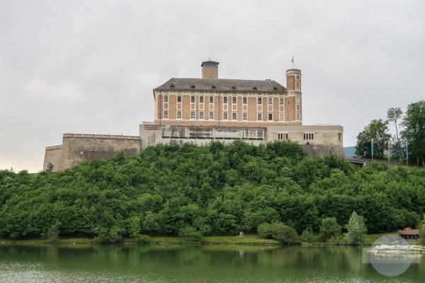 Schloss Trautenfels und Fischteich