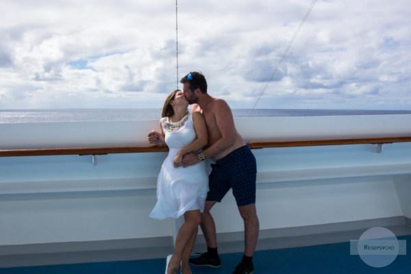Kuss am Schiff