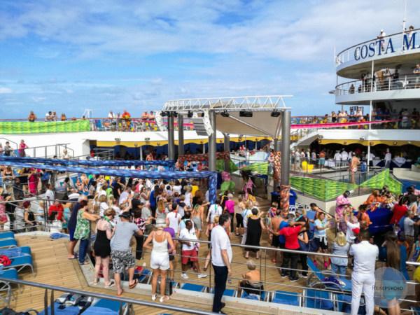 Party am Kreuzfahrtschiff