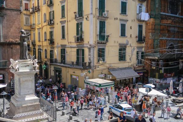 Neapel ist chaotisch und laut - und genau das macht seinen Charme aus