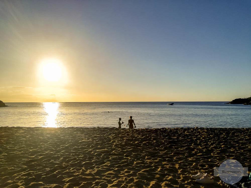 Sonnenuntergang im Guadeloupe Urlaub