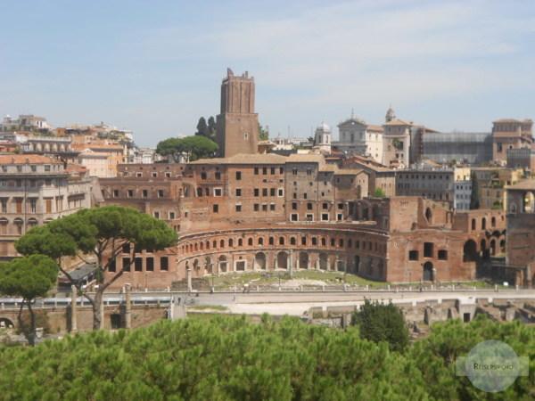 Trajansmärkte als Eckpunkt ins römische Viertel Monti
