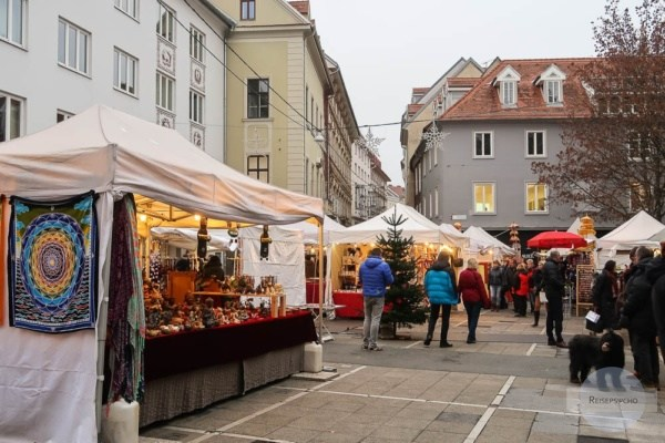 Der alternativ angehauchte Adventmarkt am Tummelplatz in Graz