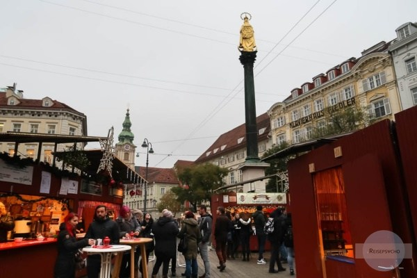 Der Charity-Adventmarkt am Eisernen Tor in Graz