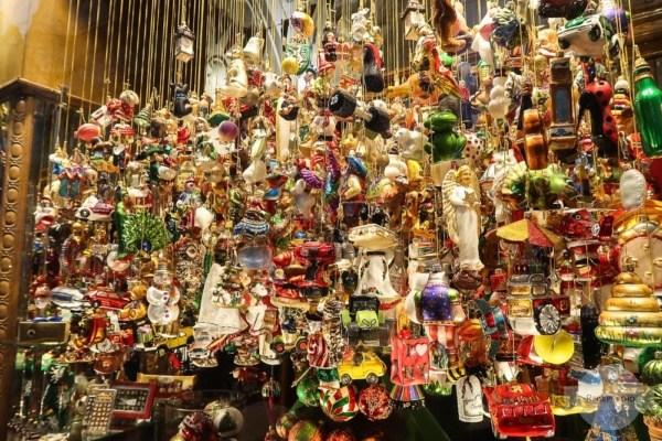 Geschäft mit Weihnachtsschmuck in Graz