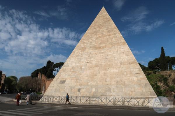 Pyramide in Rom - Geheimtipp abseits der Massen