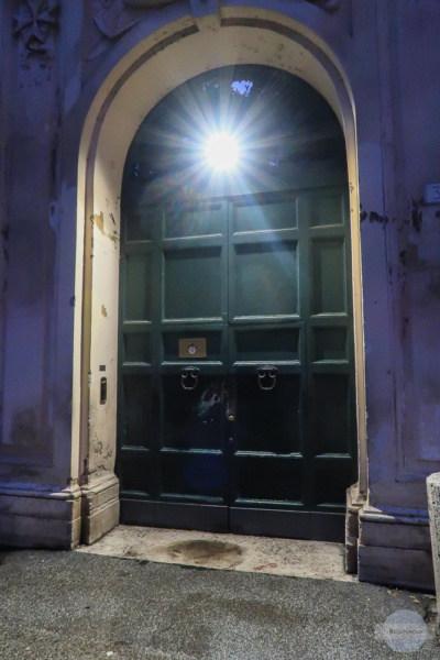 Buco di Roma - Tor mit Schlüsselloch zum Durchgucken als Geheimtipp in Rom