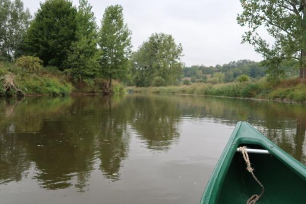 Paddeln am Fluss Werra in Thüringen