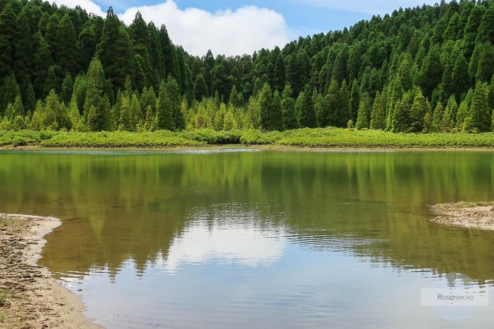 Der Lagoa do Canario ist ein kleiner Kratersee