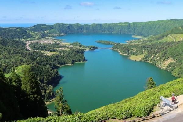 Sete Cidades Kratersee auf Sao Miguel ist ein Top Reisetipp für die Azoren