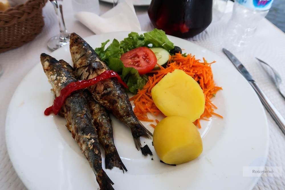Gegrillte Sardinen in Portugal