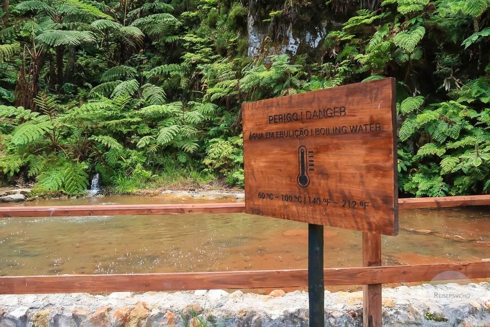Heißes Thermalwasser auf den Azoren