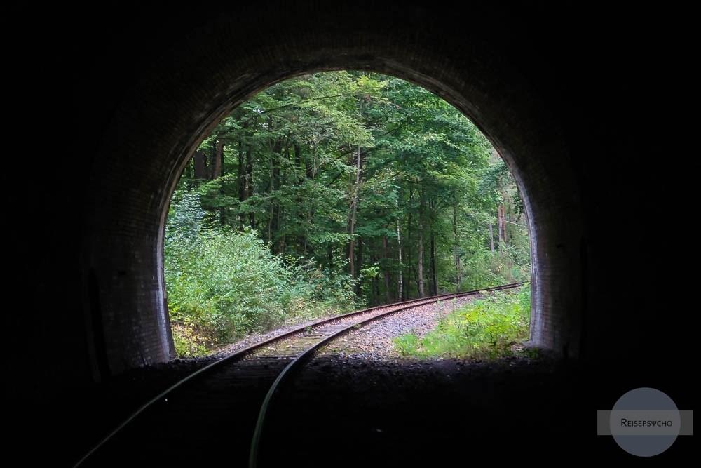Tunnel bei der Draisinentour in Legenfeld