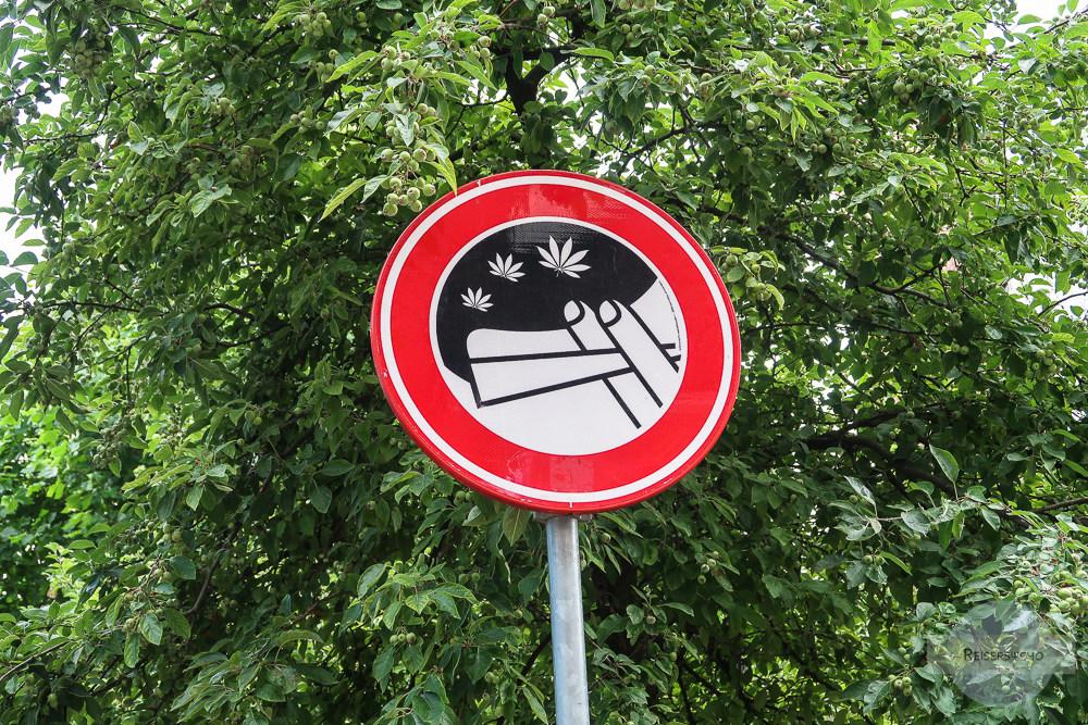 Amsterdam Gras rauchen Verbotstafel