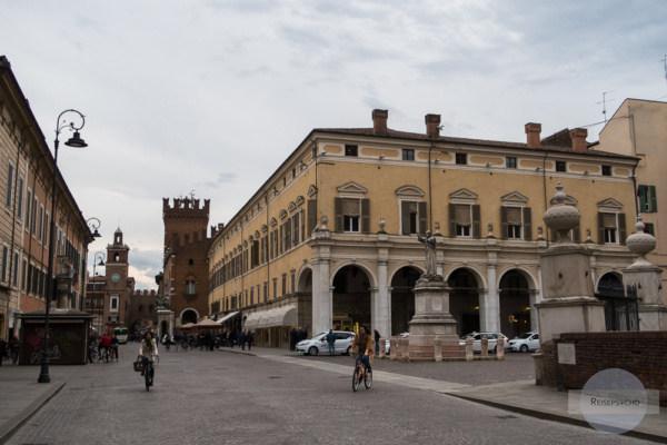 Fahrradfahren in Städten der Emilia-Romagna