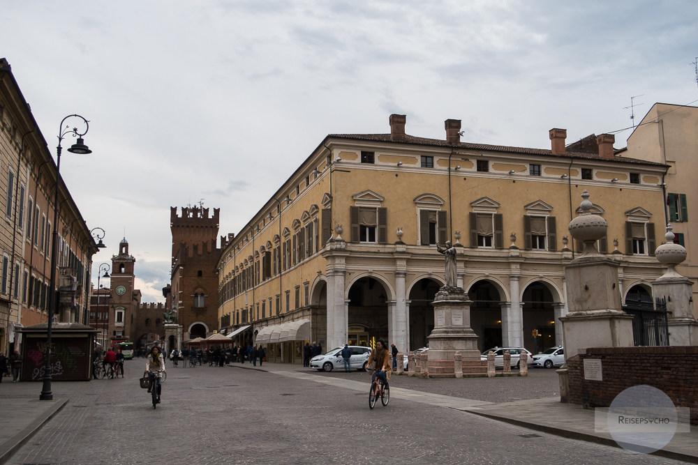 Fahrradfahren in Ferrara