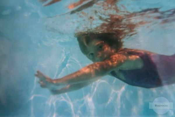 Schwimmen lernen Foto
