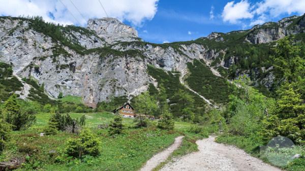 Wanderung zu einer Hütte